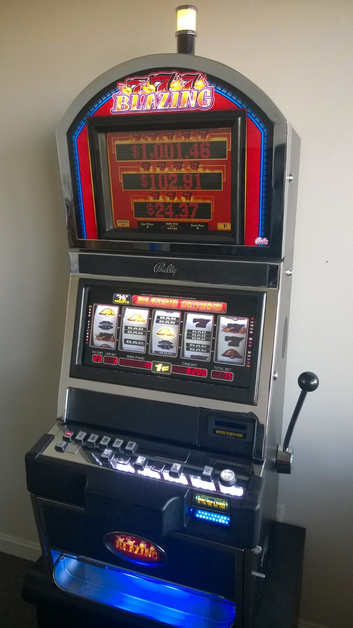 Bally Blazing 7's Five Reel Progressive S9000 Slot Machine