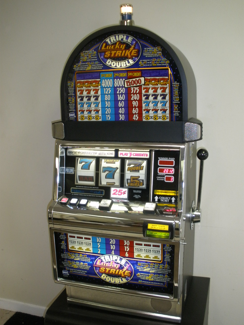 igt triple double lucky strike s2000 slot machine for sale. Black Bedroom Furniture Sets. Home Design Ideas