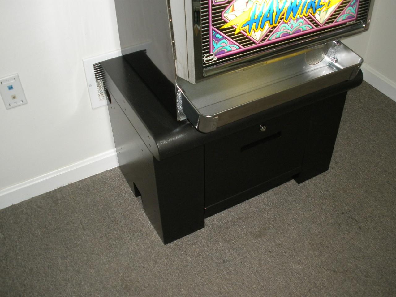 Custom slot machine stands port gamble wa events