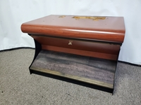 "BULL NOSE SLOT MACHINE STAND - BASE WITH SOLID WOOD FOOTREST & WOODGRAIN FINISH - 28"" WIDE"