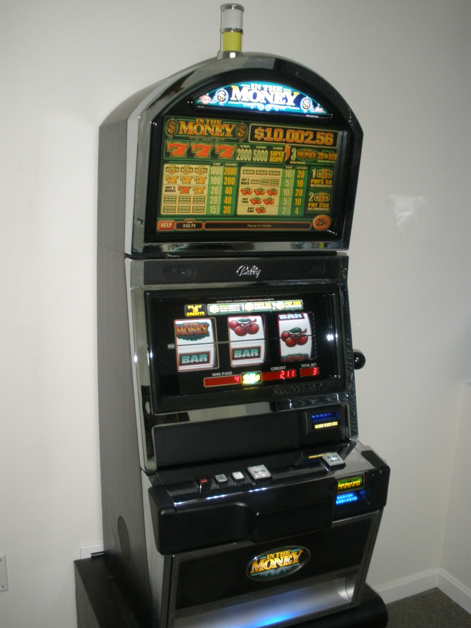 Three Reel Slot Machine
