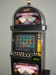 IGT DOUBLE DIAMOND 2000 VIDEO SLOT MACHINE WITH LCD TOUCHSCREEN MONITOR