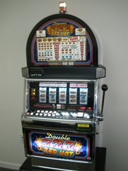 IGT DOUBLE RED HOT 777s FIVE REEL S2000 SLOT MACHINE