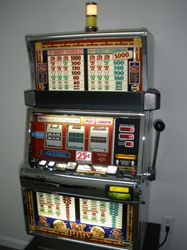 IGT HOT PEPPERS TWO CREDIT S2000 SLOT MACHINE