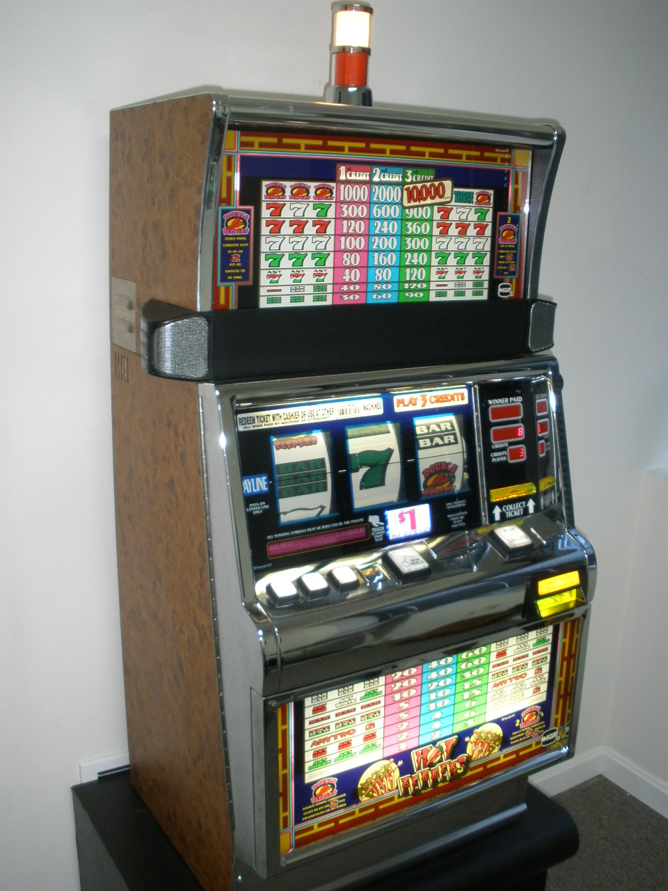 Hot Peppers Slot Machine