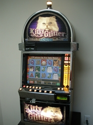 IGT KITTY GLITTER O44 VIDEO SLOT MACHINE WITH LCD TOUCHSCREEN MONITOR