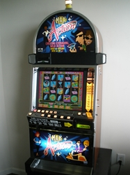 "IGT  ""MAX ACTION"" I-GAME VIDEO SLOT MACHINE WITH LCD TOUCHSCREEN MONITOR"