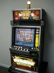 IGT RISQUE BUSINESS VIDEO SLOT MACHINE WITH LCD TOUCHSCREEN MONITOR