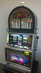 IGT TRIPLE DOUBLE WILD CHERRY S2000 ROUND TOP SLOT MACHINE