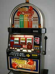 IGT WILD CHERRY S2000 SLOT MACHINE